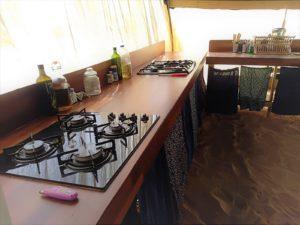 המטבח במרחב לינה בשירת המדבר